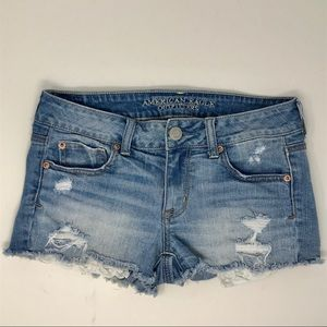 American Eagle Distressed Shortie W/Lace Pockets 4